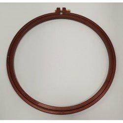 Rudas plastikinis rėmelis siuvinėjimui 22 cm